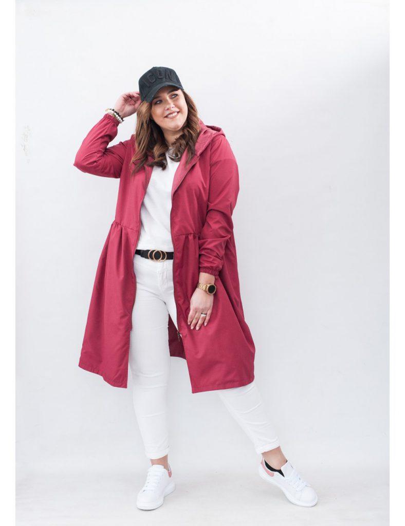 czerwona kurtka